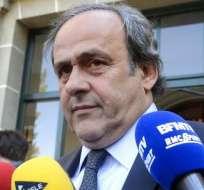 Michel Platini dimite a la presidencia de la UEFA tras conocer la resolución del TAS.