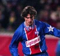 MÓNACO, Francia.- Ginola cuando jugaba para el PSG.