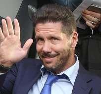 MILAN, Italia.- Diego Simeone a su llegada a Italia. Foto: EFE.