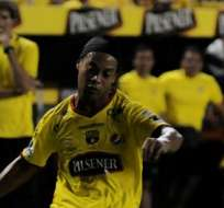 GUAYAQUIL, Ecuador.- Barcelona recaudó más de un millón de dólares en taquilla con Ronaldinho.