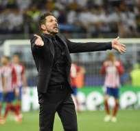 MADRID, España.- La afición le reclama al Simeones que siga en el 'Aleti'. Foto: EFE.