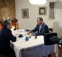 El presidente de la República, Rafael Correa (d), comentó sus planes para cuando deje el poder en mayo de 2017. Foto: @Presidencia_Ec