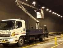QUITO, Ecuador.- Los carriles de circulación al tráfico se mantendrán cerrados por el lapso de siete horas en este túnel. Foto: Agencias Quito.