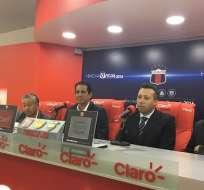José Francisco Cevallos, titular de Barcelona, no descarta la presencia de una figura especial para amistoso.