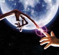 Según científicos, se necesitará ese tiempo para que los aliens reciban y decodifiquen señas. Foto referencial de Internet