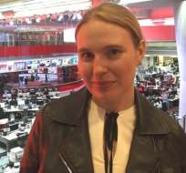 """Samantha Mawdsley visitó la redacción de la BBC para contar cómo fue la conversación que se hizo viral y que muchos defienden como """"una inspiración""""."""
