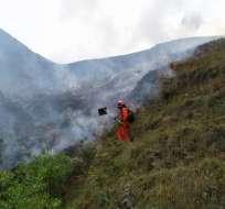 El incendio forestal se generó en la población de Quinara, en el sur de la ciudad. Foto: ECU 911