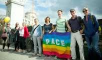 En Berlín, algunos de los participantes de la cadena humana contra el racismo. Foto: AFP