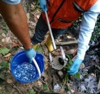GUAYAQUIL, Ecuador.- Las autoridades anunciaron que siguen las tareas de bombeo y de limpieza en el río Daule. Foto: Ministerio del Ambiente