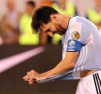 BUENOS AIRES, Argentina.- Messi pasa unos días de vacaciones en su país natal. Foto: EFE.