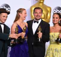 LOS ÁNGELES, EE.UU.- Los ganadores de la edición anterior de los premios: Mark Rylance, Brie Larson, Leonardo DiCaprio and Alicia Vikander. Foto: Businessinsider.co.