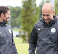 El español Pep Guardiola trabajó con el plantel del Manchester City, su primer entrenamiento.