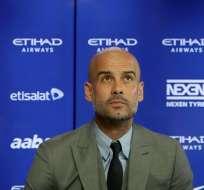 Pep Guardiola compareció ante los medios ingleses como DT del City.