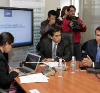 QUITO, Ecuador.- El director de Rentas Internas compareció a la comisión legislativa que investiga el tema. Foto: API