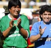 Diego Maradona mantiene una estrecha amistad con el presidente de Bolivia, Evo Morales.