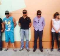 Cinco personas fueron detenidas cuando intentaban extorsionar a un proveedor del Estado. Foto: Ministerio del Interior