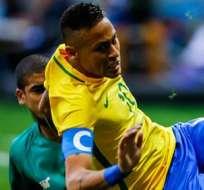 BRASILIA, Brasil.- Neymar no logró hacer la diferencia ante Sudáfrica. Foto: EFE.