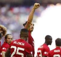 Antonio Valencia y Zlatan Ibrahimovic son la dupla ofensiva del Manchester United de José Mourinho.