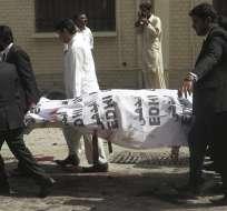 El ataque fue reivindicado por talibanes y es uno de los peores que vive el país en 2016. Foto: EFE