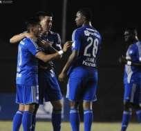 Emelec derrotó 6-1 en el marcador global a Universitario de Perú y clasificó a la siguiente fase de la Sudamericana.