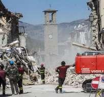 El terremoto en el centro de Italia dejó casi 300 muertos y cerca de 2.500 damnificados. Foto: EFE