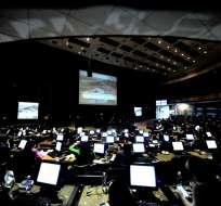 QUITO, Ecuador.- El pleno de la Asamblea Nacional revisa en primer debate el proyecto de reformas al Issfa y al Isspol. Foto: AP