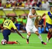 Gabriel Achilier y Arturo Mina acumularon su segunda tarjeta amarilla y no podrán actuar ante Chile.
