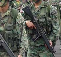 Dos soldados habrían dado instrucciones a civiles sobre cómo actuar en protestas. Foto: Referencial http://sinetiquetas.org/