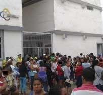 En Manabí, una mujer ofrecía reconstruir casas a través de donantes extranjeros. Foto: El Diario