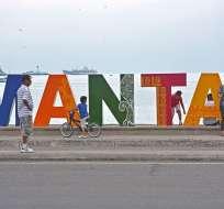 Manta fue una de las ciudades más afectadas por el terremoto del 16 de abril. Foto: @andydjpsyco