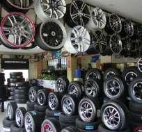 ECUADOR.- Con la medida, neumáticos, cerámica, partes de televisores y motocicletas pagarán 15%. Foto: Archivo