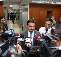 Agrupación promueve la candidatura del actual mandatario Rafael Correa para una tercera reelección consecutiva. Foto: @cnegobec