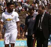 Ramón Arias (i.) atacó a los jugadores de Barcelona a los que calificó de 'locas'. Foto: API