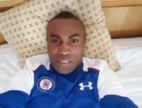 Joffre Guerrón estuvo 6 meses sin jugar ya que Cruz Azul no le encontró equipo. Foto: Archivo