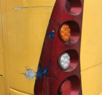 El bus que transportaba a la plantilla amarilla sufrió varios daños. Foto: Tomada de la cuenta Twitter @BarcelonaSCweb