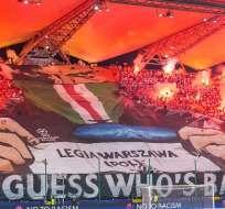La UEFA sancionó al Legia de Varsovia con jugar sin público su próximo partido por Champions.