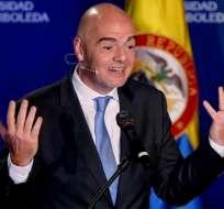 Gianni Infantino, presidente de FIFA, fue criticado por su propuesta de un mundial con 48 selecciones.