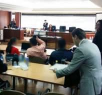 Estos gendarmes aceptaron su participación y recibieron 8 meses y 4 días de prisión. Foto: @FiscaliaEcuador