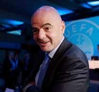 El presidente de la FIFA defiende su propuesta de realizar un mundial con 48 países.