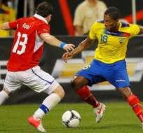 Antonio Valencia anotó el primer tanto en la victoria 3-0 de Ecuador sobre Chile.