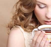 Tomar café se relaciona con una reducción de las probabilidades de desarrollar demencia.