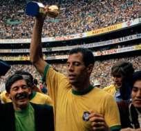 Con el campeonato de México, Brasil fue el primer equipo nacional en coronarse tricampeón mundial.