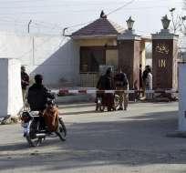 Según  la agencia Amaq, el atentado dejó más de 60 policías muertos y 120 heridos. Foto: EFE