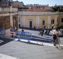 ITALIA.- La basílica de San Pablo extramuros cerró sus puertas tras agravarse estado de una grieta. Foto: EFE