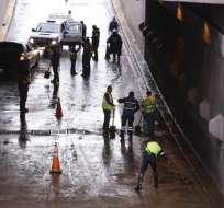 QUITO, Ecuador.- El túnel Guayasamín fue cerrado al tránsito vehicular debido a las intensas lluvias. Foto: API