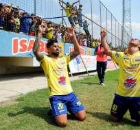 Maximiliano Barreiro marcó un triplete y es el goleador del campeonato nacional.