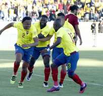 Arturo Mina fue el autor del primer gol de Ecuador. Foto: API