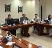 En la reunión presidida por Correa se trataron varios temas de educación. Foto: Presidencia