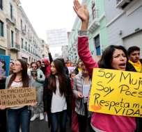 Denuncian que en Ecuador mueren cada semana 4 mujeres por violencia de género. Foto: EFE