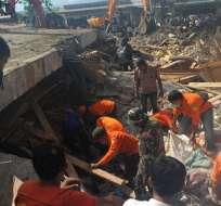 INDONESIA.- Miles de soldados y cerca de 900 policías fueron desplegados en las zonas más afectadas. Foto: AFP
